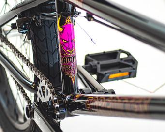FRGTN-Aftermath-bikes-detail-damned-2042