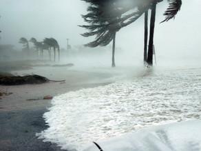 Ouragan Ida : rafales à 250 km/h, graves inondations attendues