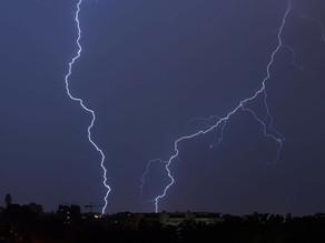 Violents orages : la Nouvelle-Calédonie en alerte maximale
