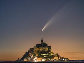 Mont-Saint-Michel : l'incroyable photo de la comète NEOWISE