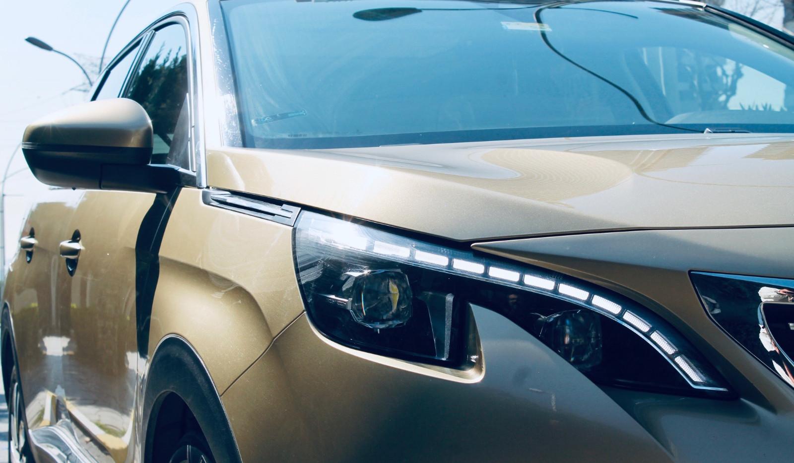Peugeot 5008........jpeg