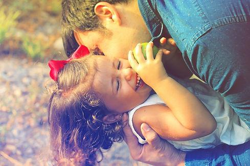 parents-and-children-1794951_960_720_edi