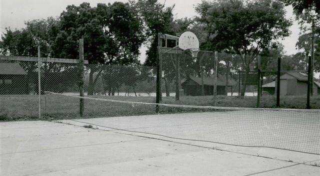 Zip court (1).jpg