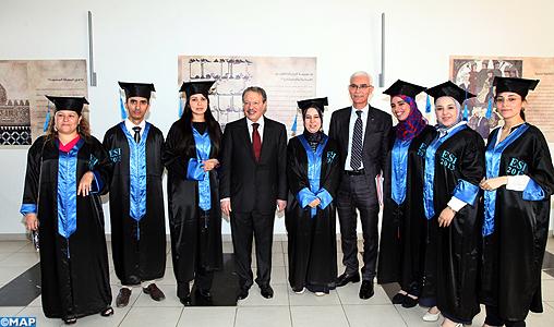 Ceremonie-remise-des-prix-aux-laureats-de-l-ESI-M2