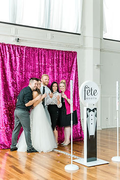 Fete Booth Photo Booth St. Louis MO Weddings
