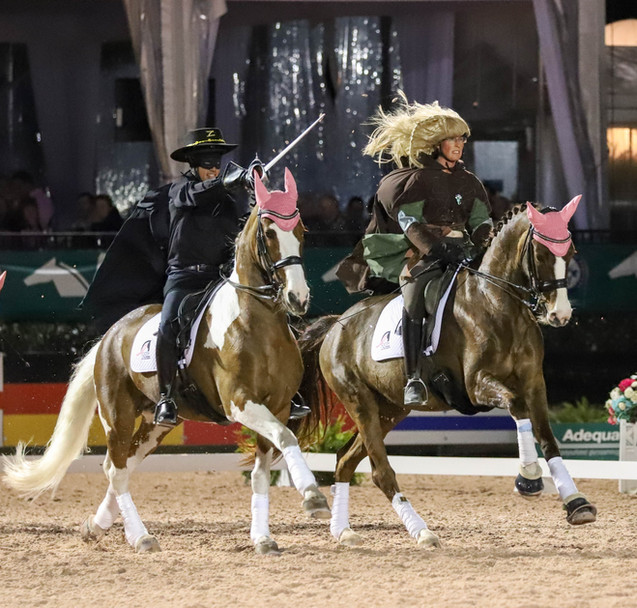 Allison Kavey aboard Cacharel riding alongside Jim Koford on Adiah HP at the 2020 Challenge of the Americas.