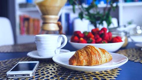 Breakfast meeting image website _edited.jpg