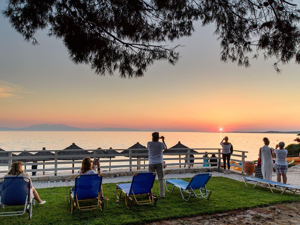 96_portes-beach-hotel_146515.jpeg