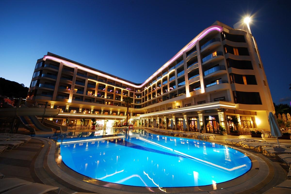 golden-rock-beach-hotel-16-Custom.jpg