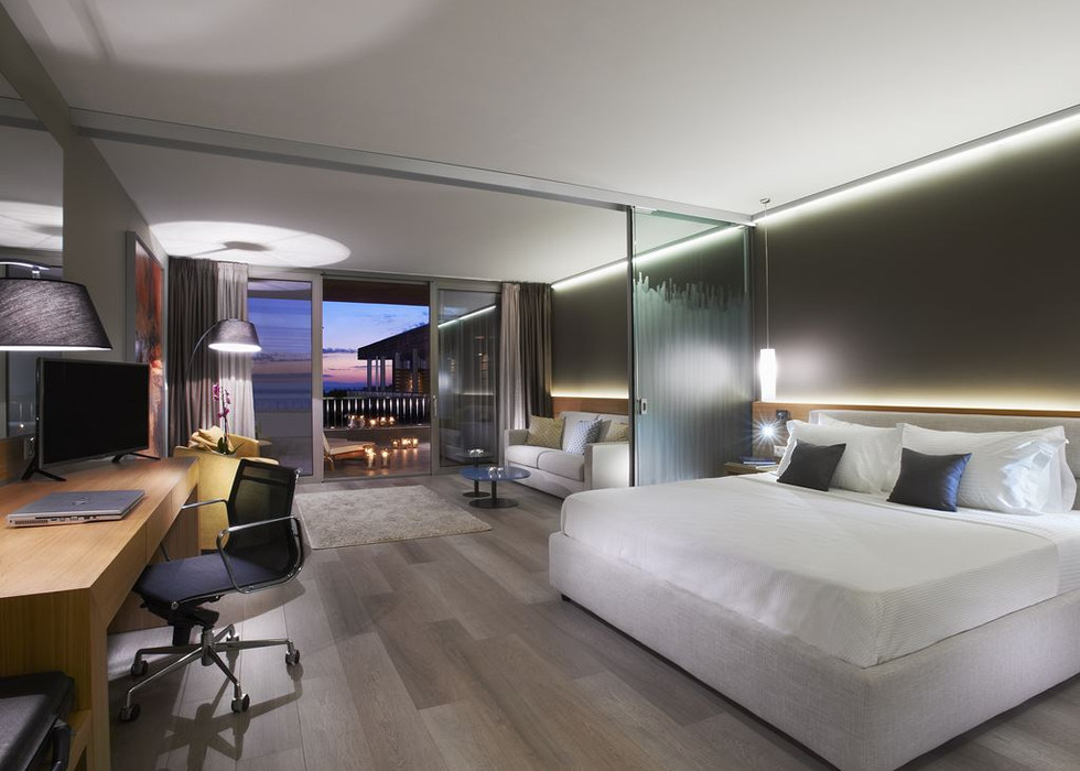 878_blue-dolphin-hotel_150442.jpeg