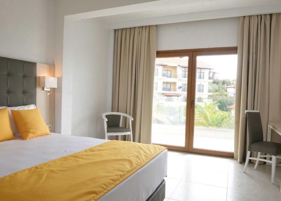 400_aristoteles-holiday-resort-spa_17543