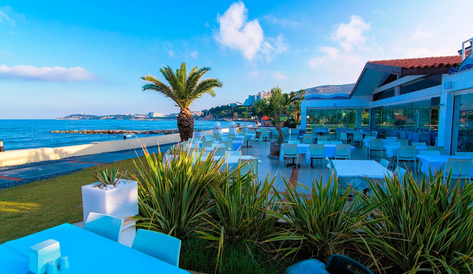 doris_Ephesia_Holiday_Beach6.jpg