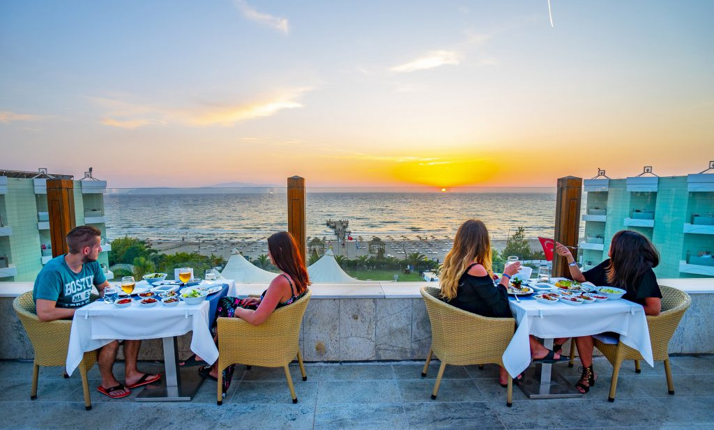 grand-belish-resort-hotel-kusadasi-VIENA