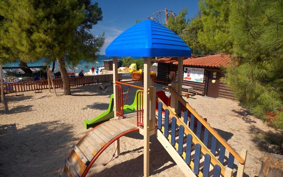96_portes-beach-hotel_139941.jpeg