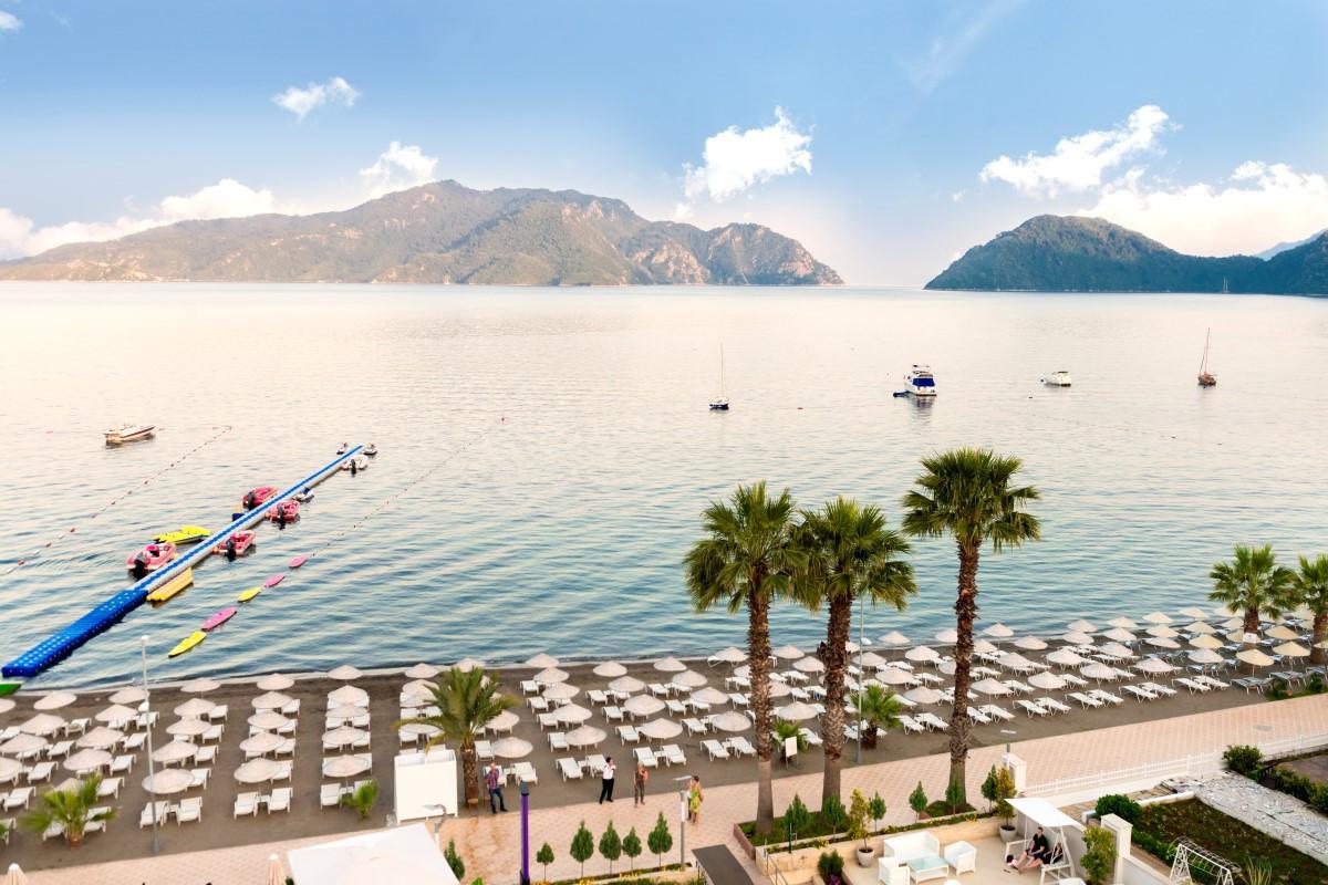 golden-rock-beach-hotel-2-Custom.jpg