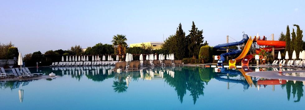 Palm Wings Beach Resort 5_