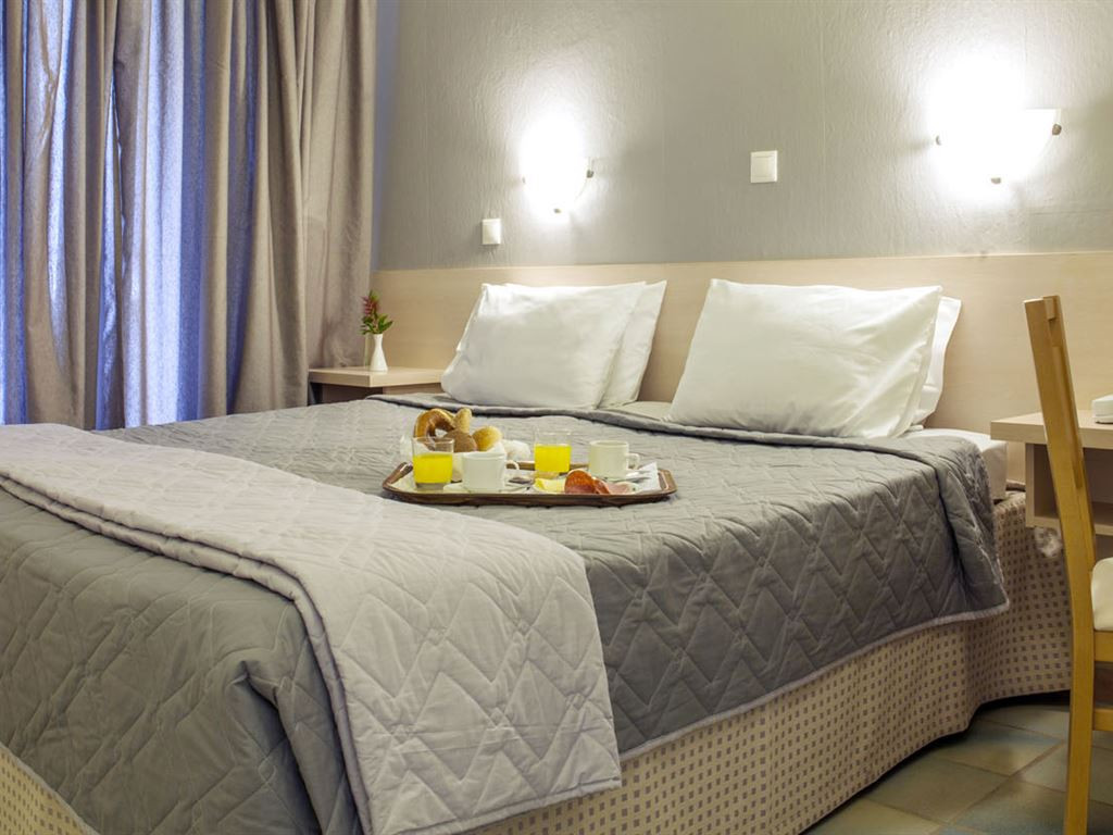 2322_coral-blue-hotel_171143.jpeg