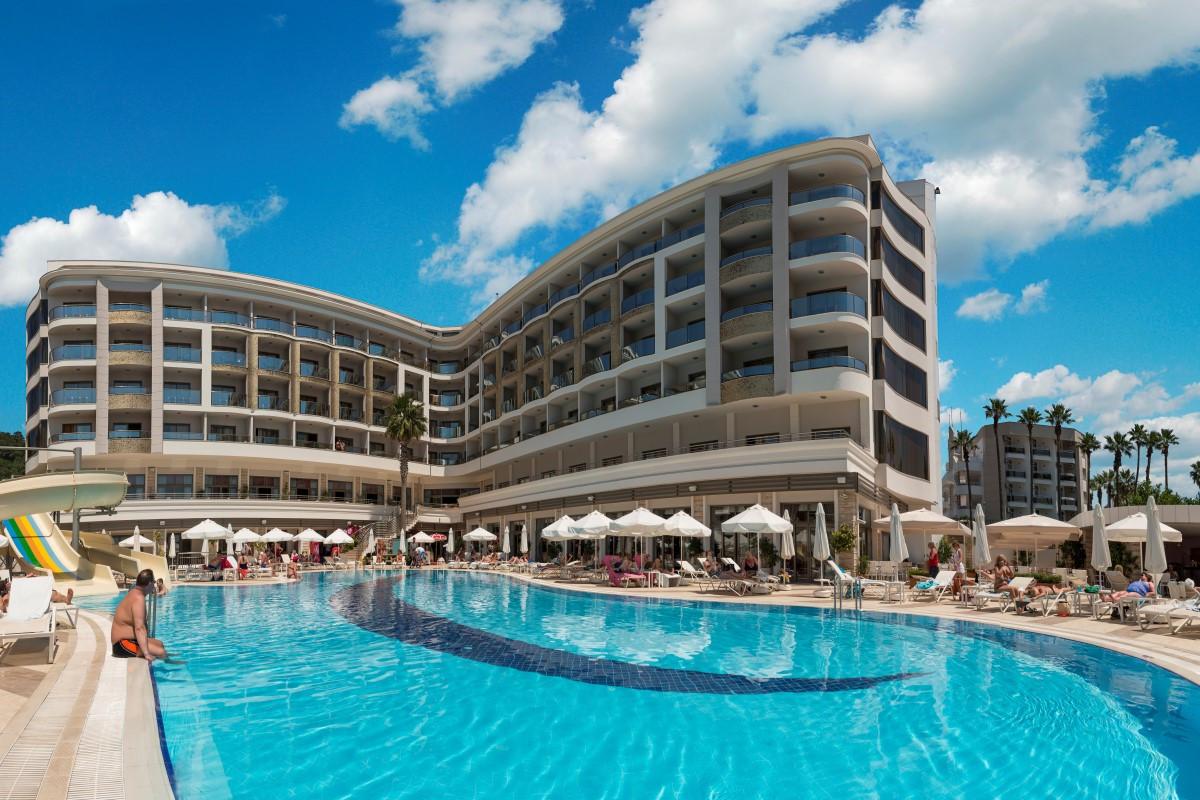 golden-rock-beach-hotel-8-Custom.jpg