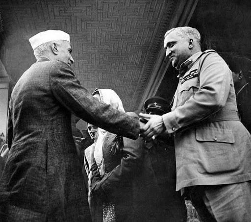 Pandit Jawahar Lal Nehru (the first Prime Minister of India) and Raja Hari Singh in Srinagar, 1948.