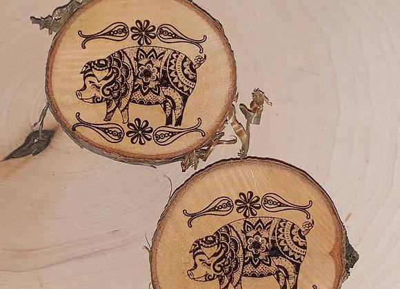 Wood engraved Pig Magnet