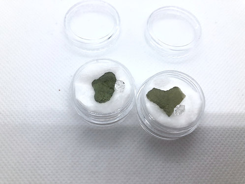 モルダバイト0.6g&ハ-キマ-ダイヤモンド