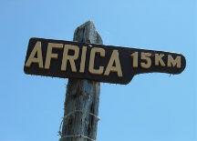 op 15 kilometer afstand van Afrika