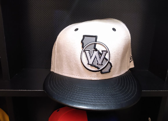GOLDEN STATE WARRIORS CREAM & LEATHER PULL STRAP CAP