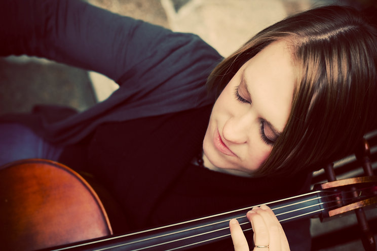 Sparrow Live Presents: Fireside Strings - Naomi Steckman and Friends in Concert