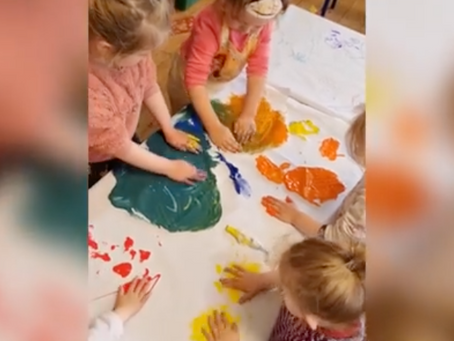 Large scale colour mixing