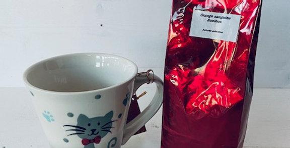 Thé ou infusion avec tasse chat 'pattes bleu'