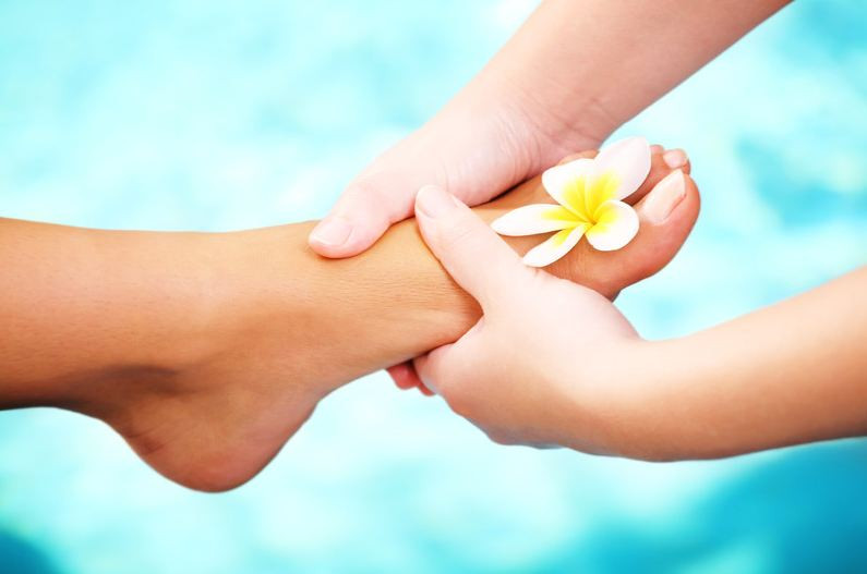 Treat yourself to a lovely Reflexology session with Cara Amirah