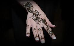 party henna artist