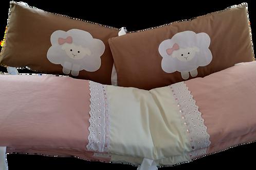 My sleepy sheep baby crib 4 piece bumper