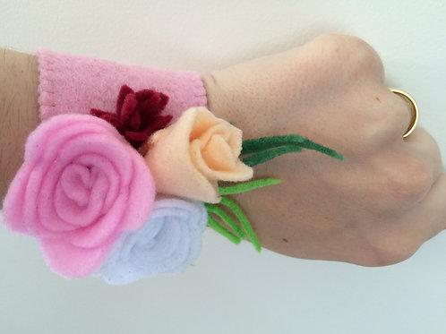 Felt flower corsage Rose