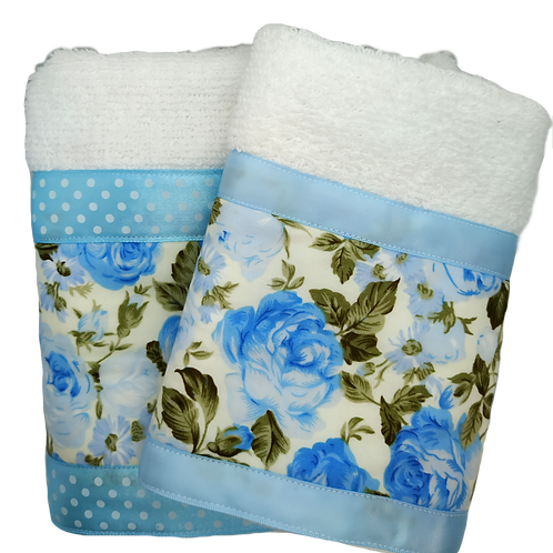 Hand and face decorated towels set