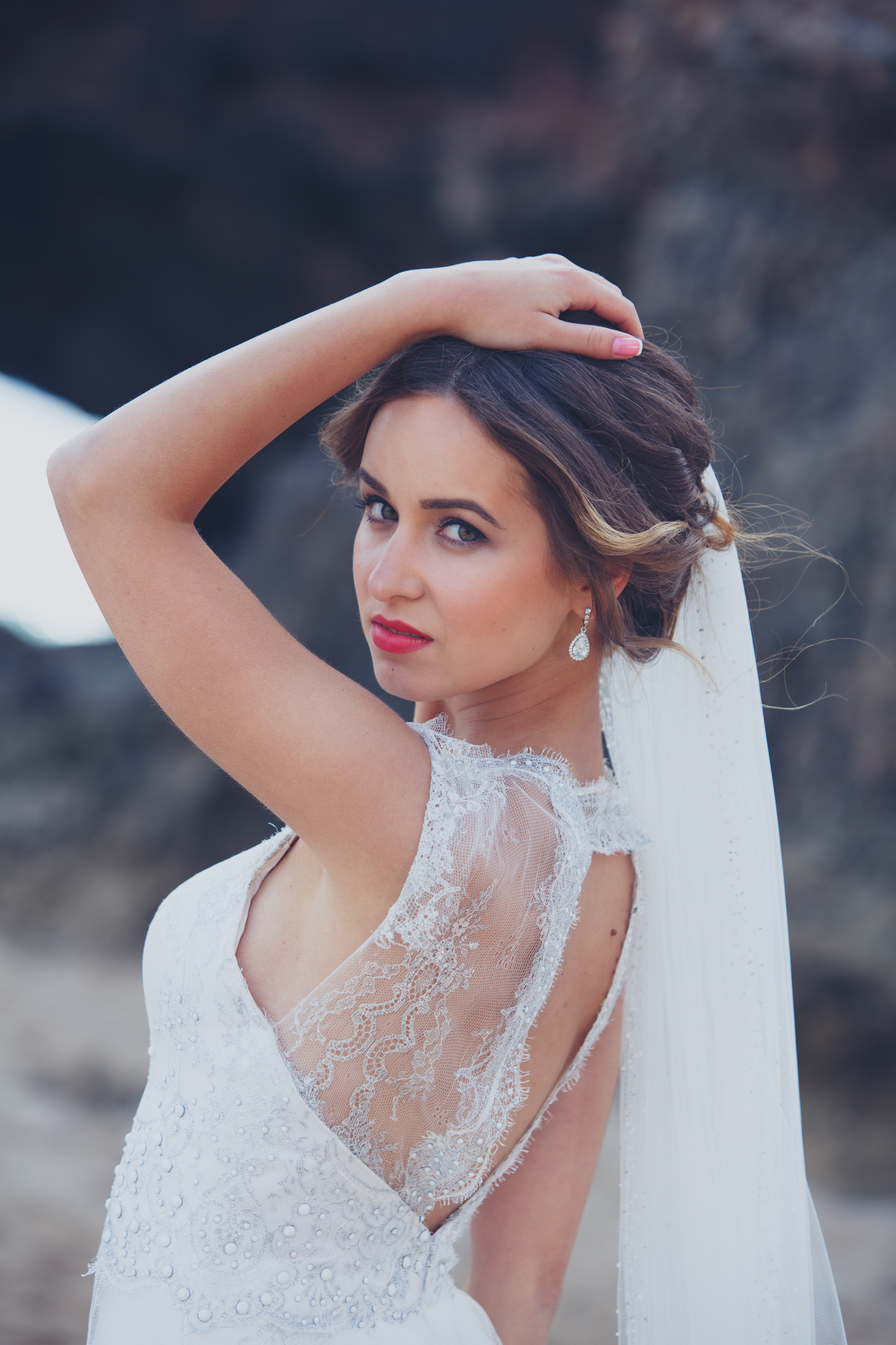 tips when choosing your hair and makeup artist | mobile bridal hair