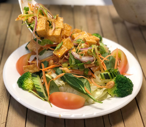 Ginger Salad with Tofu
