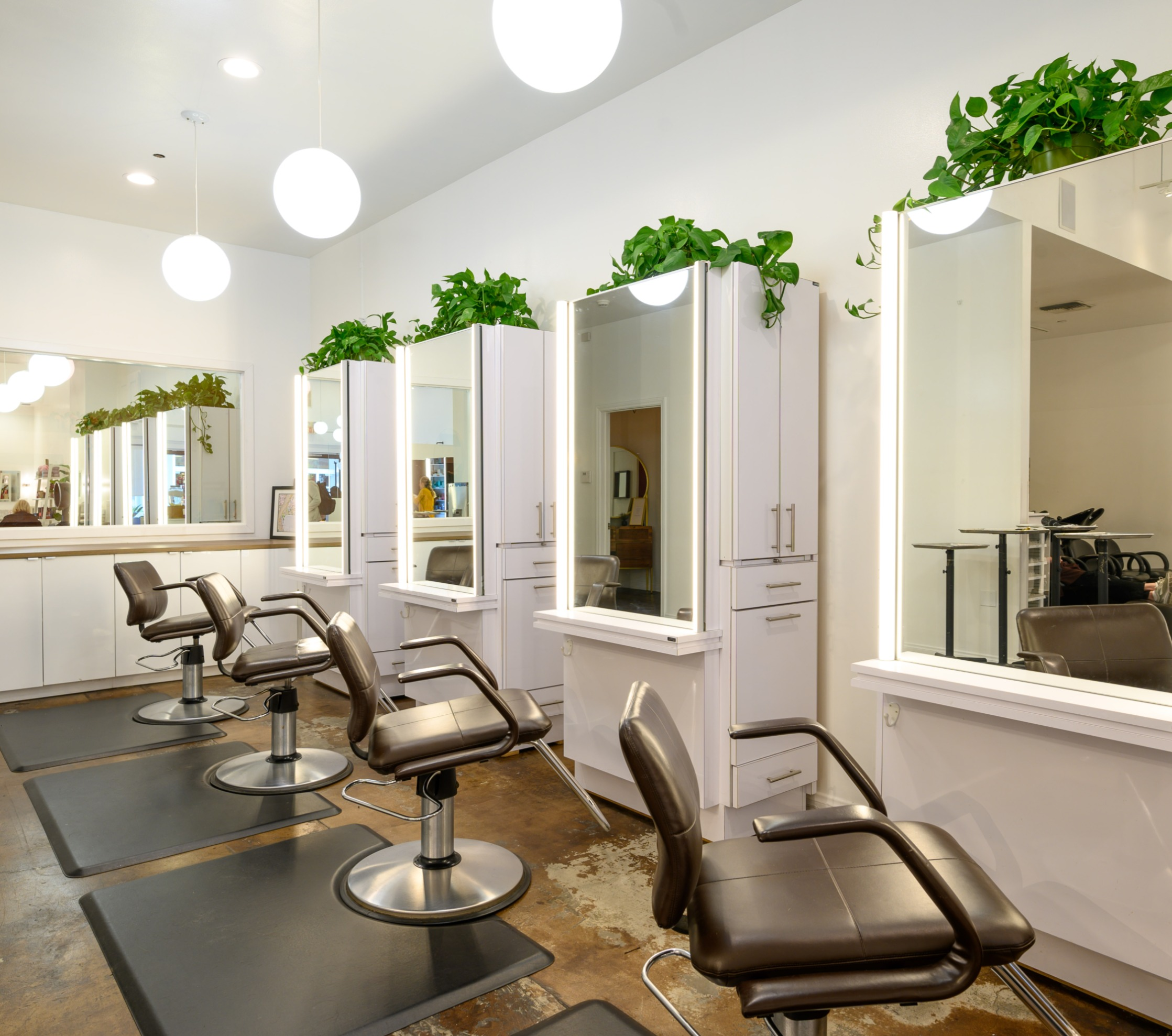 Best blow-dry and blowout bar Pasadena