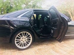 LUX Sedan Guest Side
