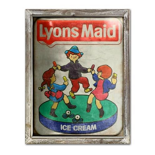 LYONS MAID WALL PLAQUE