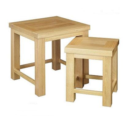 WINDSOR  OAK RANGE NEST OF TABLE 2 SET