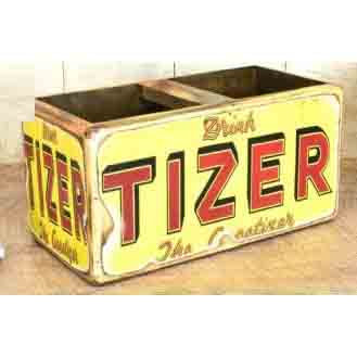 WOODEN BOX PAINTED TIZER