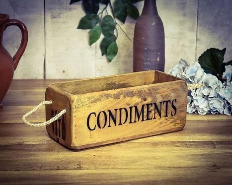 WOODEN BOX CONDIMENTS