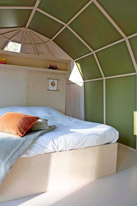 Zeeuwse Oase_Cabin Primrose bed_lres.jpg