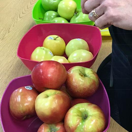 bowls of apples.jpg