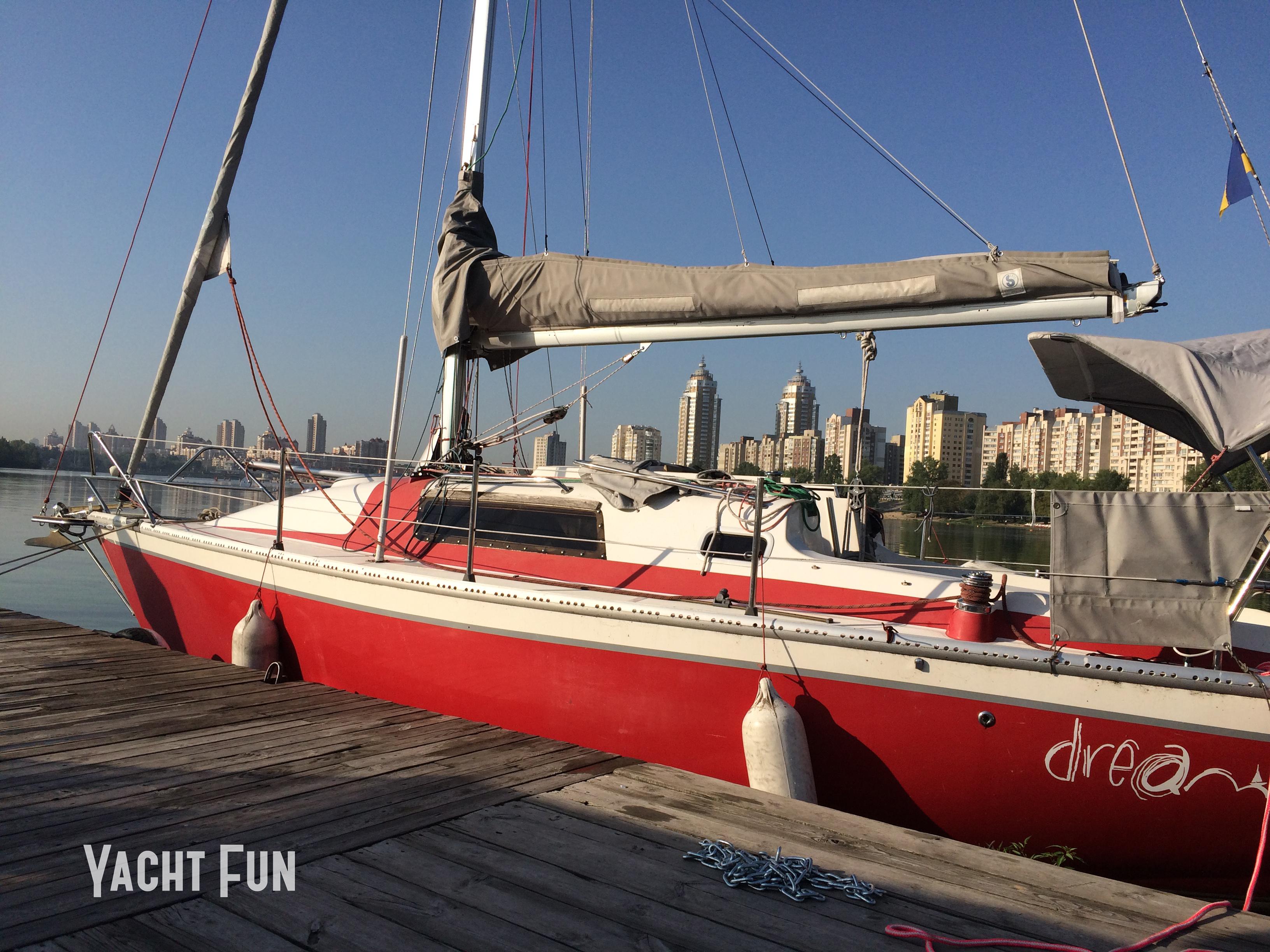 Dreamer (23) YachtFun