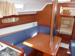 Beneteau Oceanis31 (2)