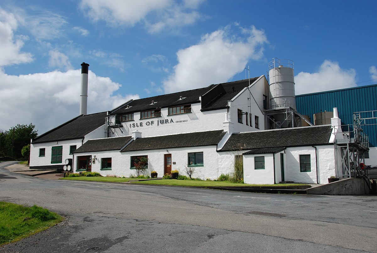 isle-of-jura-distillery1200x806