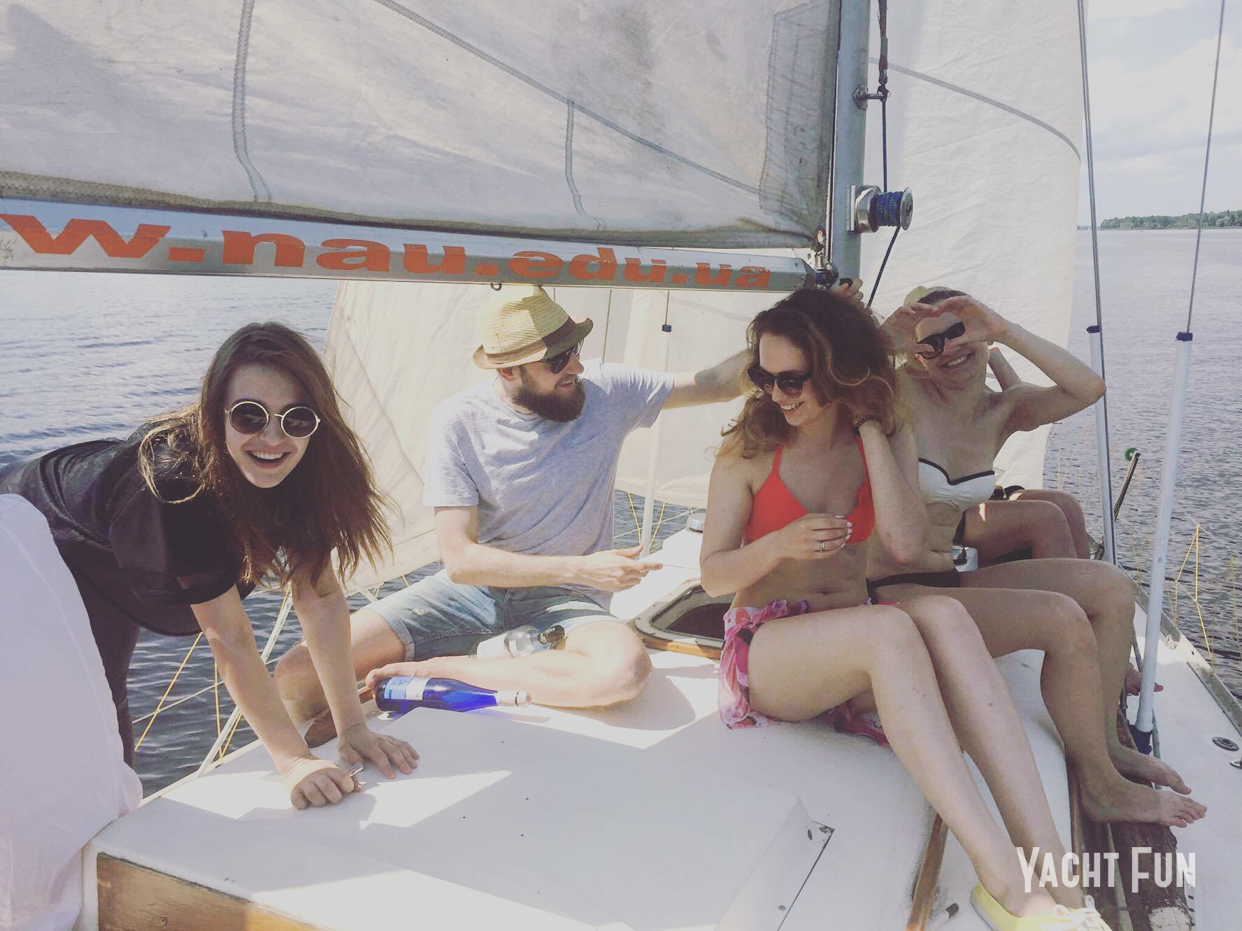 Яхта Полонез Projector (7)