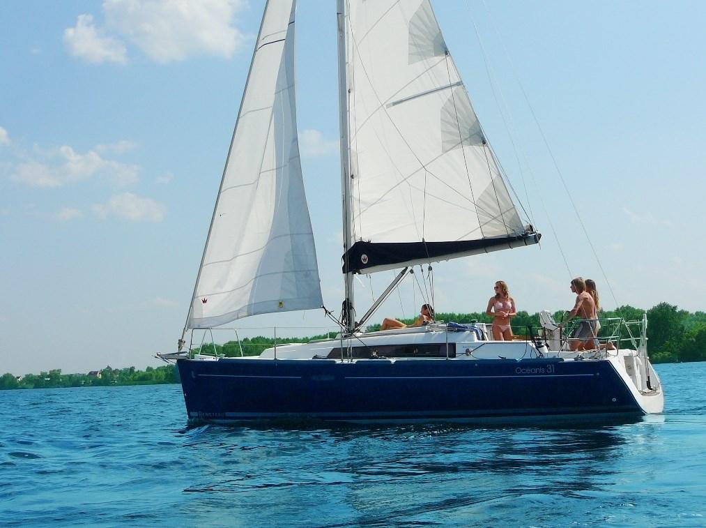 Beneteau Oceanis31 (3)